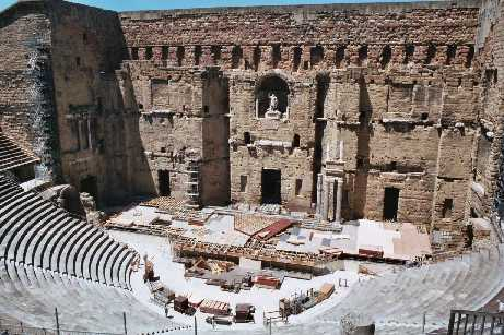 Roman Theatre, Orange, � Stephen Clifford, June 2004